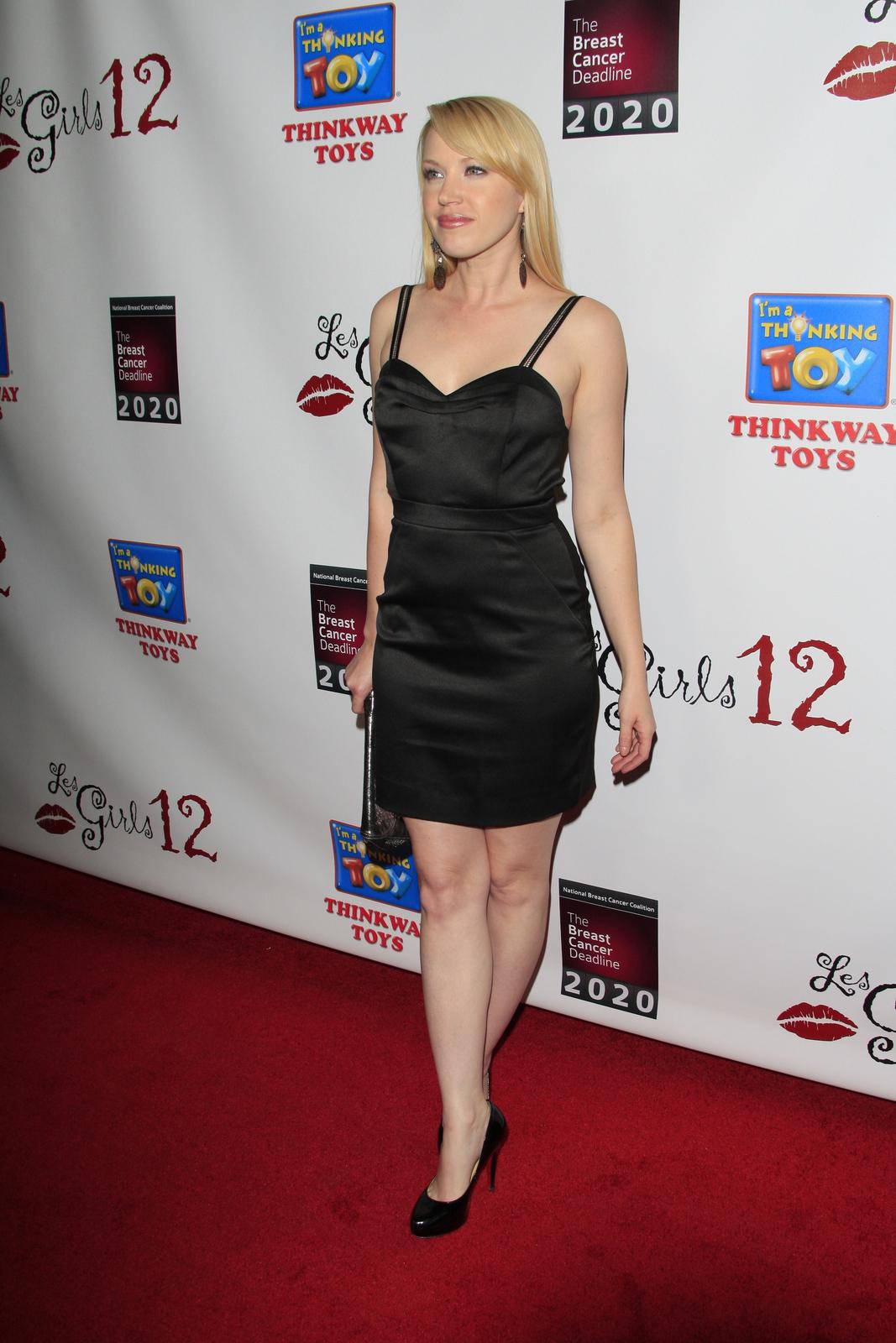Samantha Fox,Jacqueline Kim Hot pics Paul McGillion,Tre Armstrong